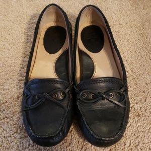 NWOT Frye 7M loafers